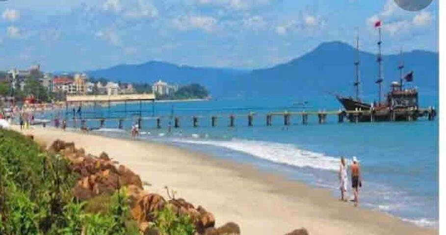 Apt. de 1 quarto em Canasvieiras-SC a 30mda praia