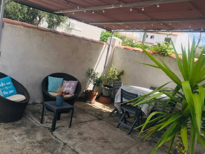 Appartement coquet rez de jardin