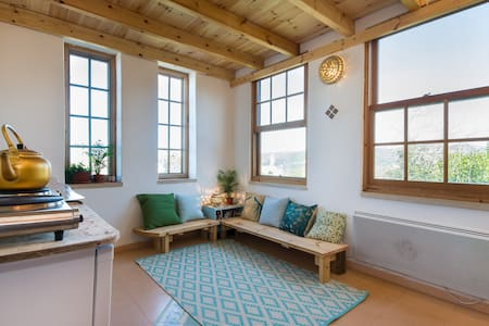 cozy rooftop studio in the Galilee mountain