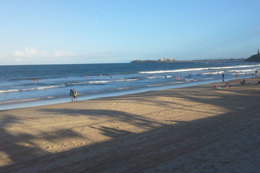 Walk To Mooloolaba And The Beach Houses For Rent In Alexandra Headland