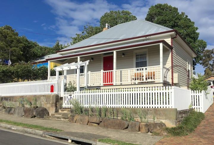 Donovan's Cottage - Milton, pet friendly