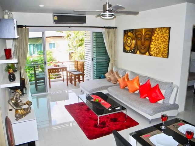 Superb 2 Bedroom Apartment near Kamala Beach