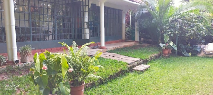 Homely 2 bedroom house away from the city noise