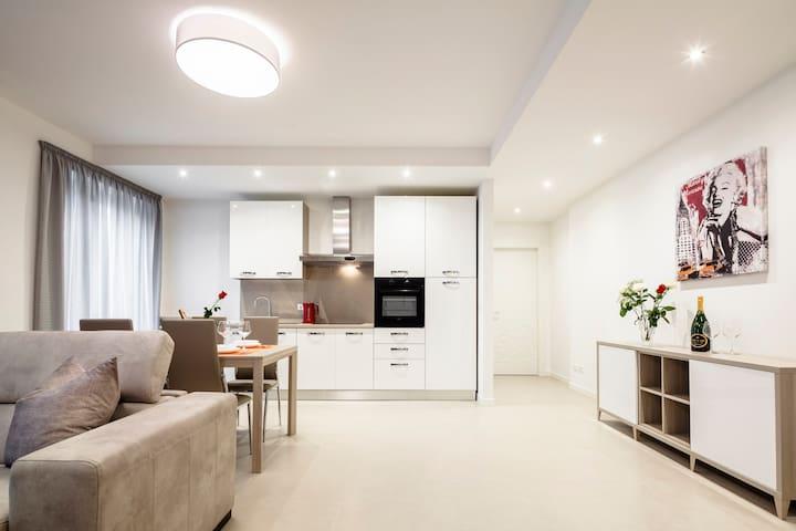 Fior Apartments - Rosa