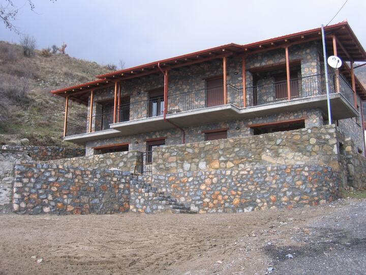 VILLA ZERVI . Mountain Lodge in Village of Zervi