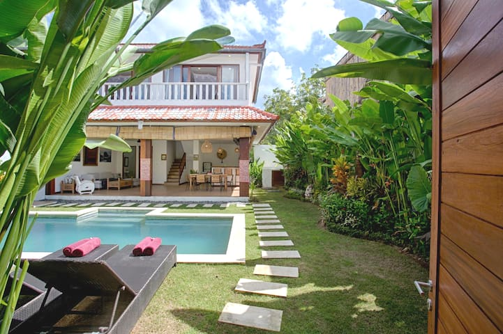 2bedroom villa in Bingin Beach next to Cashew Tree