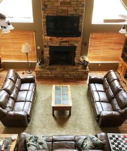 Custom Cabin w/Game Room on 5 acres in Show Low - Show Low