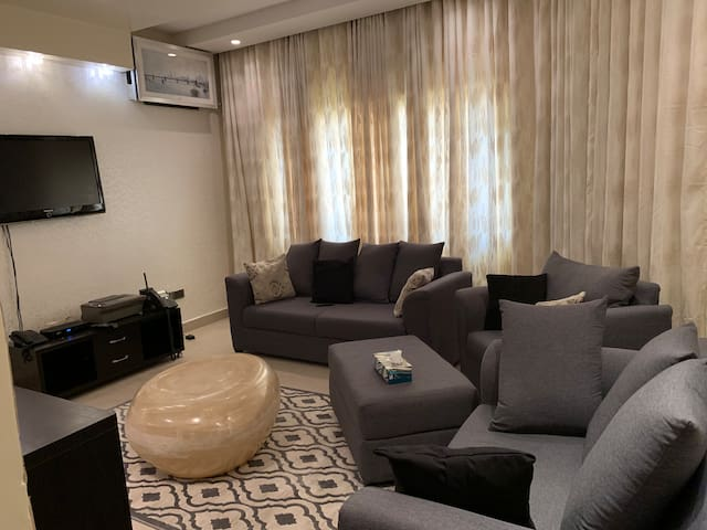I. A. B 2bedroom LUXURY APARTMENT, Wuse 2, Abuja