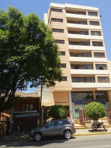 Apartment in a quiet bulding&walkable neighborhood - Cochabamba - Apartament
