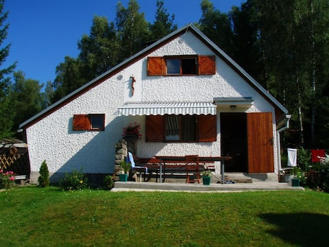 Spacious summer house close to the lake &bike path