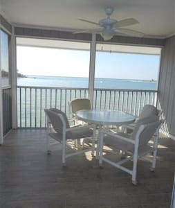Recently renovated waterfront condo - Boca Grande