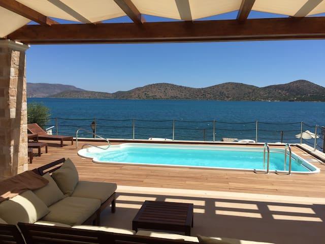 Central Elounda Luxury Villa LouLa & Private Gym