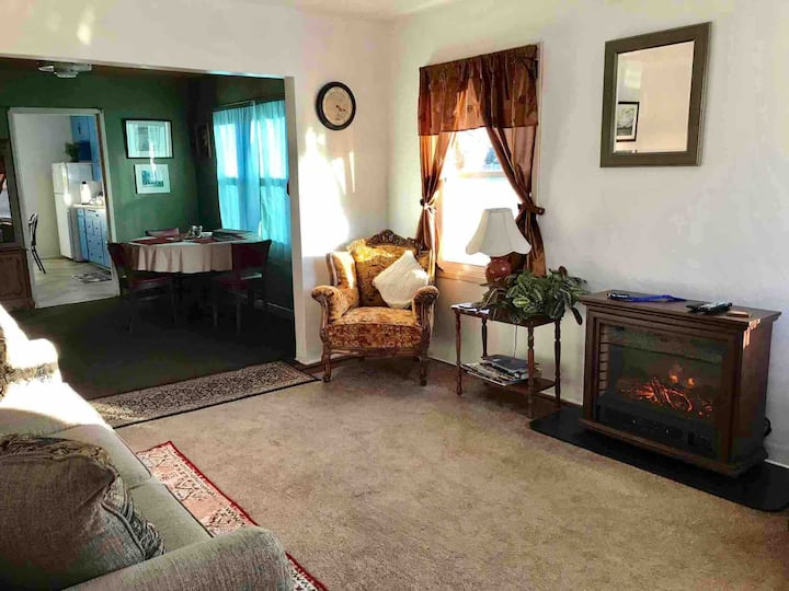 Mature Comfy ♥Family♥ Home 3B Quiet Central Locale