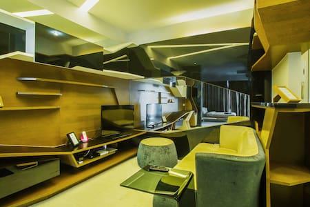 VERVE Suites - Deluxe Suite #5 - Kuala Lumpur