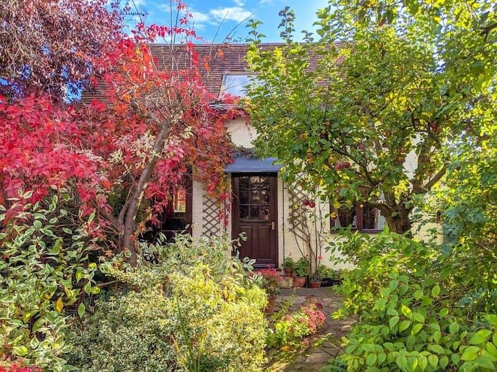 Middle Farm Cottage (W8250)