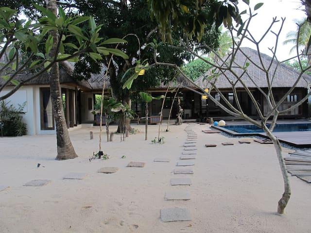 Villa Samudera - luxurious villa in Nusa Lembongan - Lembongan - Дом