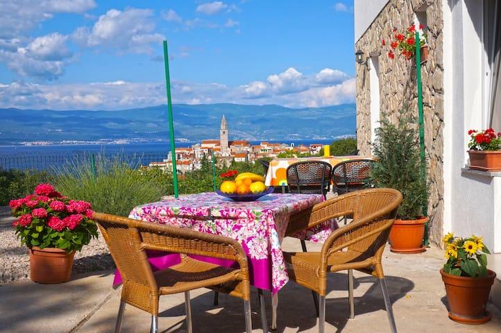 Comfortable apartman Klara - Vrbnik - Apartment