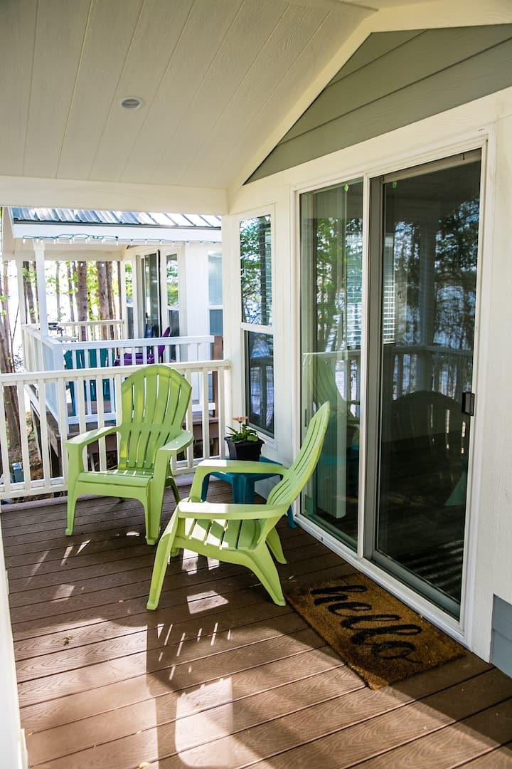 Studio Suite with Private Porch Cabin #11