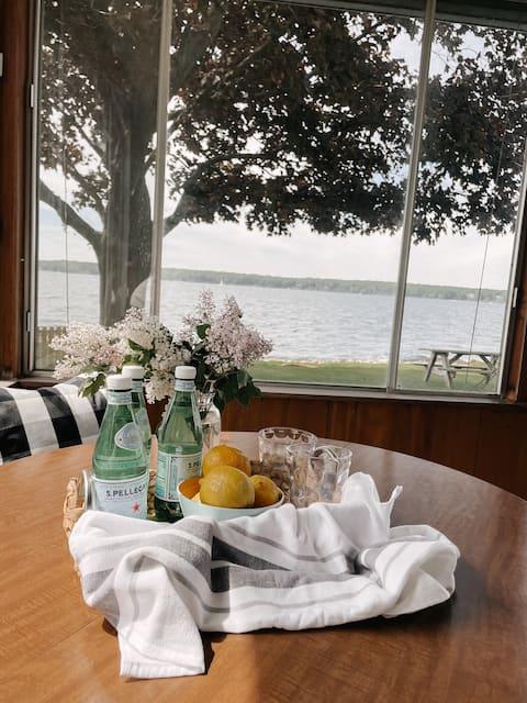The Little Pearl Lake House on White Lake
