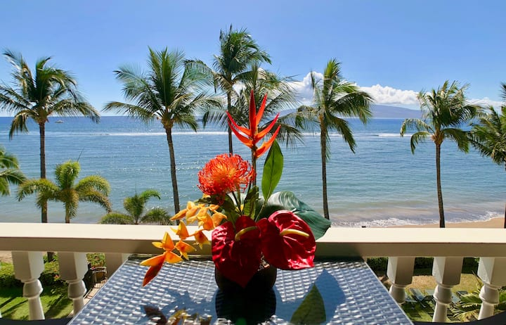 ❤️Renovated Oceanfront Studio at Lahaina Shores!❤️