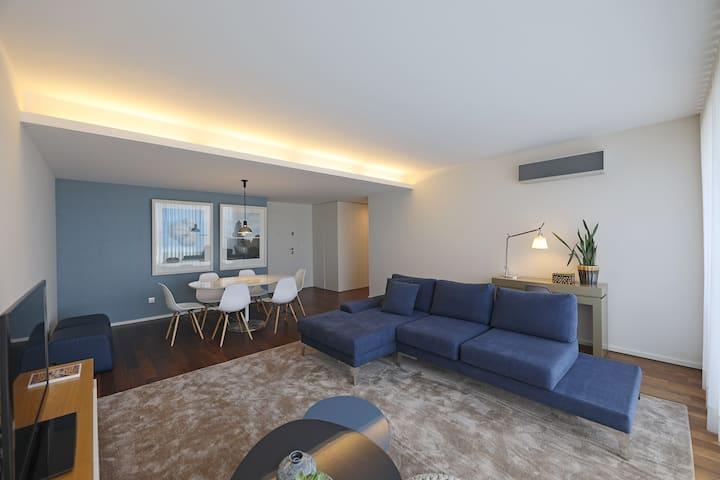 Dragão Luxury Apartment