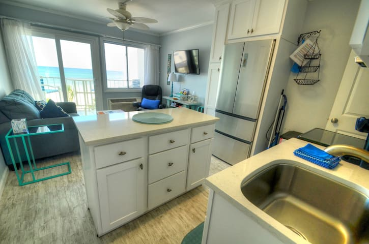 Sea Glass Villa- Walk to Pier Park! Gulf front!