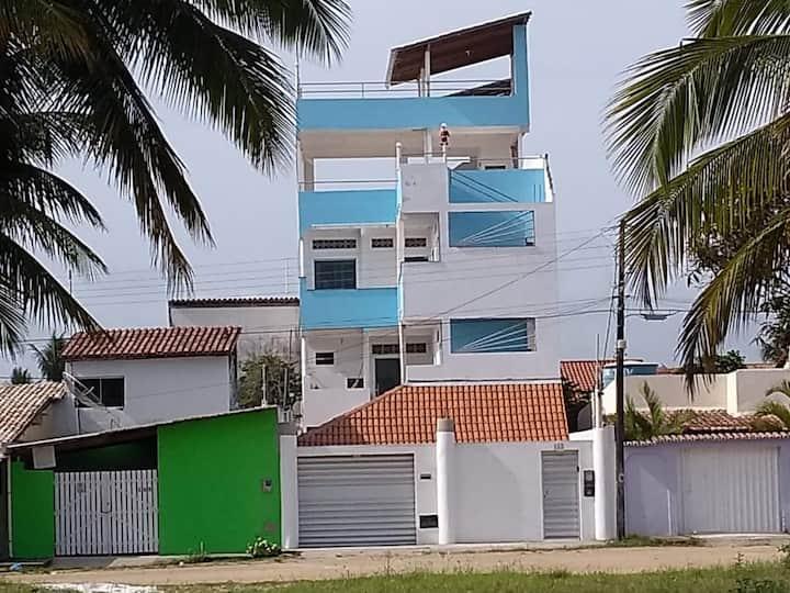 Apartamento com 03 quartos em Prado Bahia