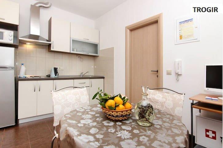 Apartments Nika 2