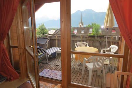 Sonnige Dachgeschoßwohnung in Schnifis - Schnifis - 公寓
