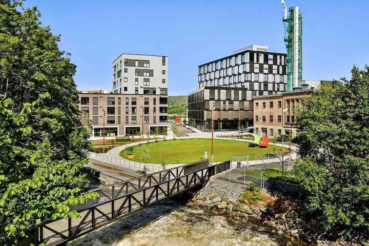 Moderne leilighet i urbane omgivelser