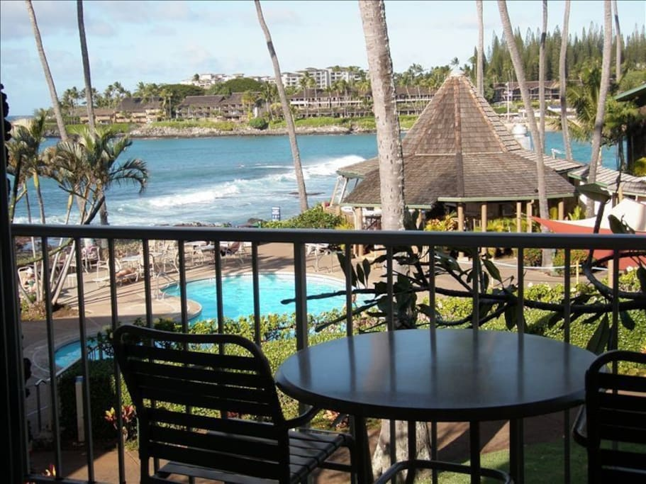 Lovely Napili Bay view from your lanai!