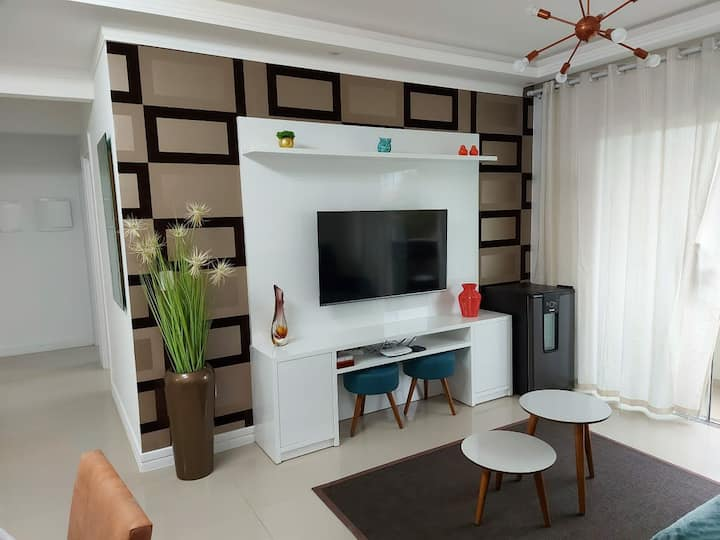 Lindo apartamento completo a 100m praia Perequê