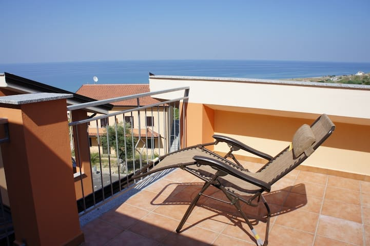 Mandatoriccio, Calabria. Seaview vacation home