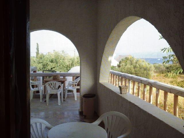ΟΜΟΡΦΟ ΠΑΡΑΔΟΣΙΑΚΟ ΣΠΙΤΙ - Λιμένας Χερσονήσου