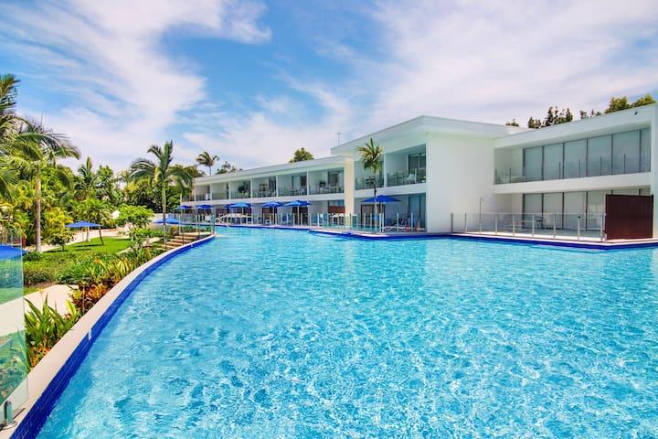 Pool Resort  Port Douglas Plunge Pool Apartment