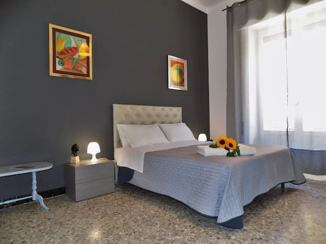 Room in beautiful seaside house 3