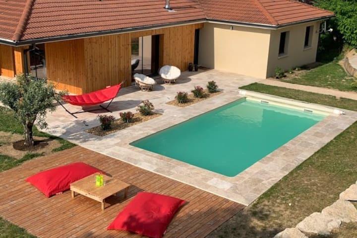 Beaujolais Villa avec piscine chauffée proche Lyon