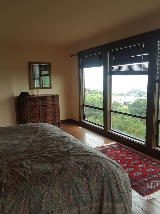 A Room with a serious view!  View of San Francisco and Sausalito!