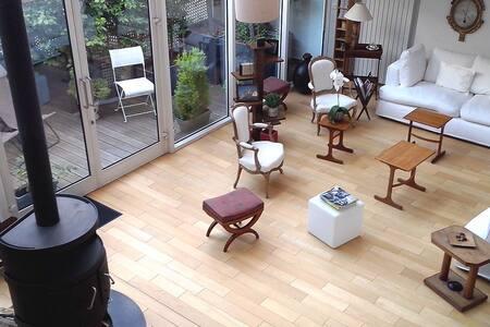 Loft familial très lumineux 290 m2 proche paris - Suresnes - Hus