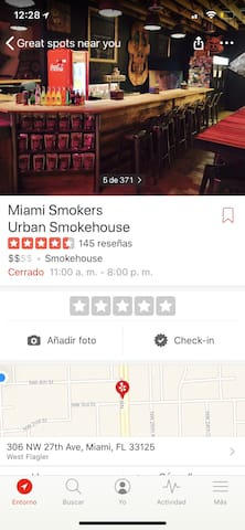 Miami smokers smokehouse, specialty in smoked meats, delicious sandwiches, great variety, place specialized in techniques for curing pork, best bacon ever