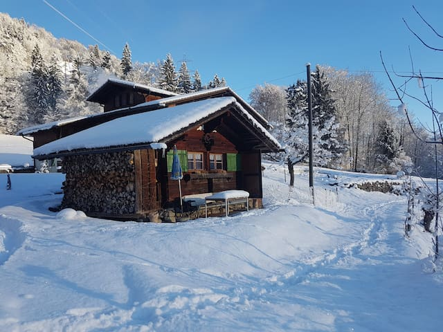 Faulensee 2018 (with Photos): Top 20 Faulensee Vacation Rentals ...