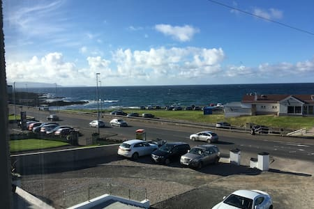 Stunning sea view apartment with private parking. - Portstewart - Wohnung