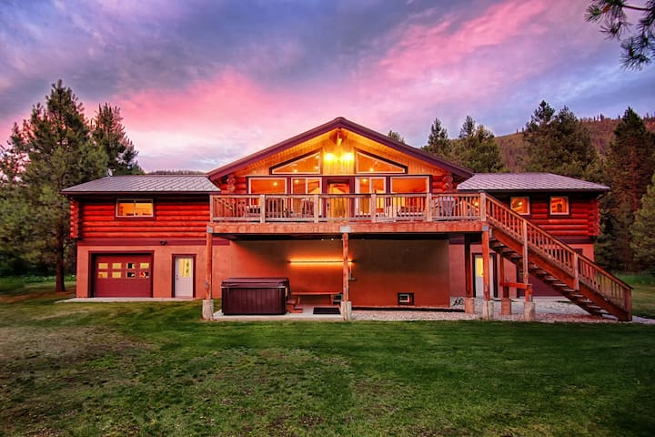 Scenic and Luxurious 5BR 3BA on 12 Acres Sleeps 17 - Leavenworth - Hus