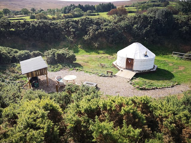 The Yurt in the Hill