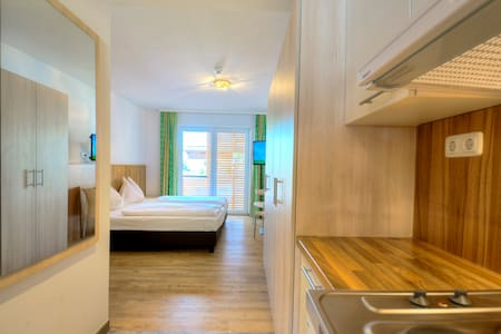 "Doppelzimmer ""Teamhaus"" Kendler - Saalbach - Gjestehus"