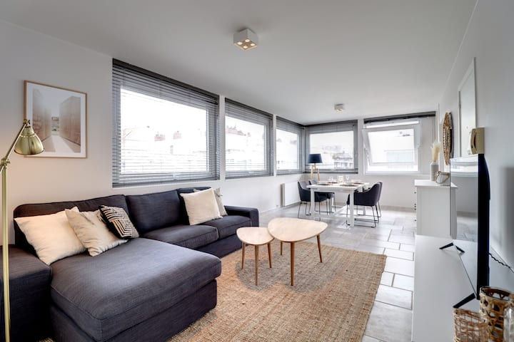 Knokke: APP 2 Bd + Parking (10min from the beach)