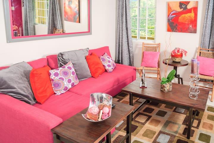 Skyview Manor : Nikki's Nest