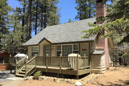 Comfortable Cabin Near Snow Summit - Big Bear Lake