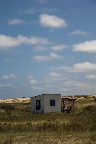 Casa pequeña en Cabo Polonio