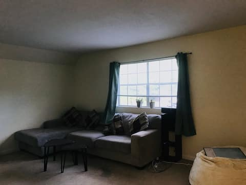Comfy private room/Walkable to Duke campus